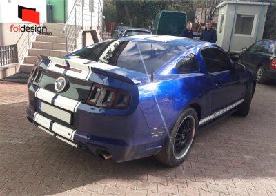 Mustang-oklejony-tuning